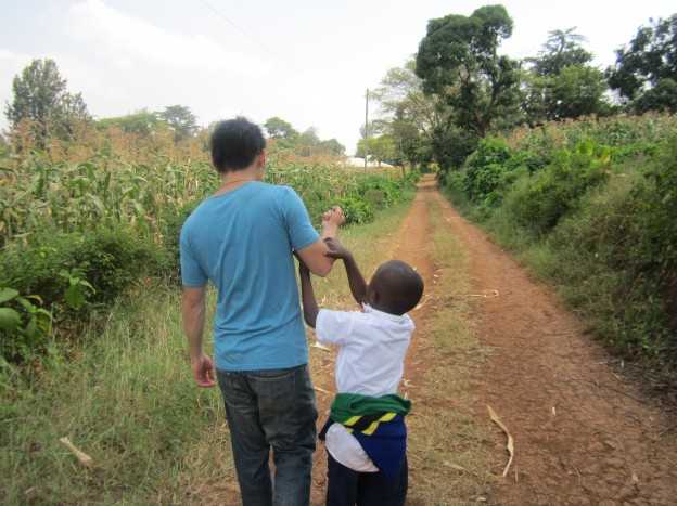 How to get an affordable volunteering experience in Tanzania?